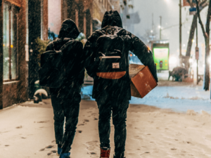 Tips for Moving and packing in winter